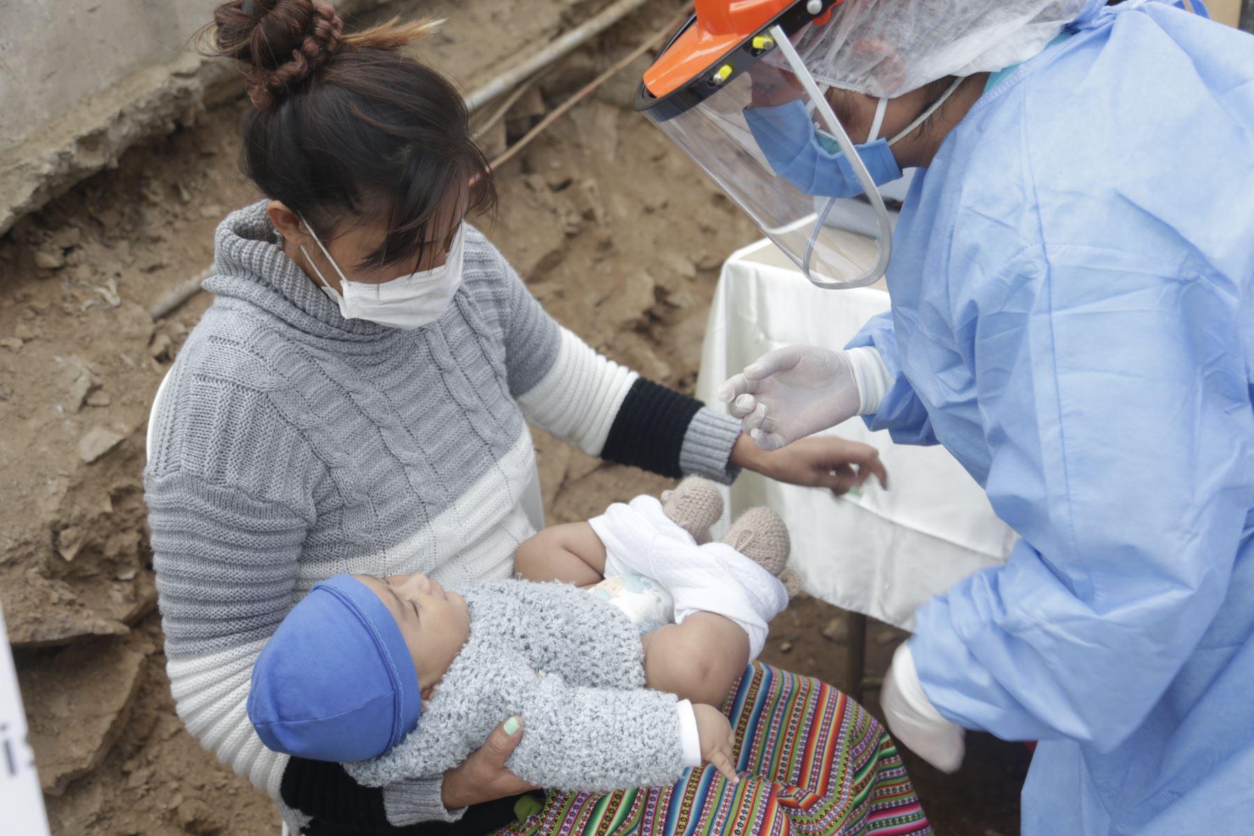 Interesados pueden reservar una cita en establecimiento de salud más cercano para evitar aglomeraciones. Foto: ANDINA/Difusión