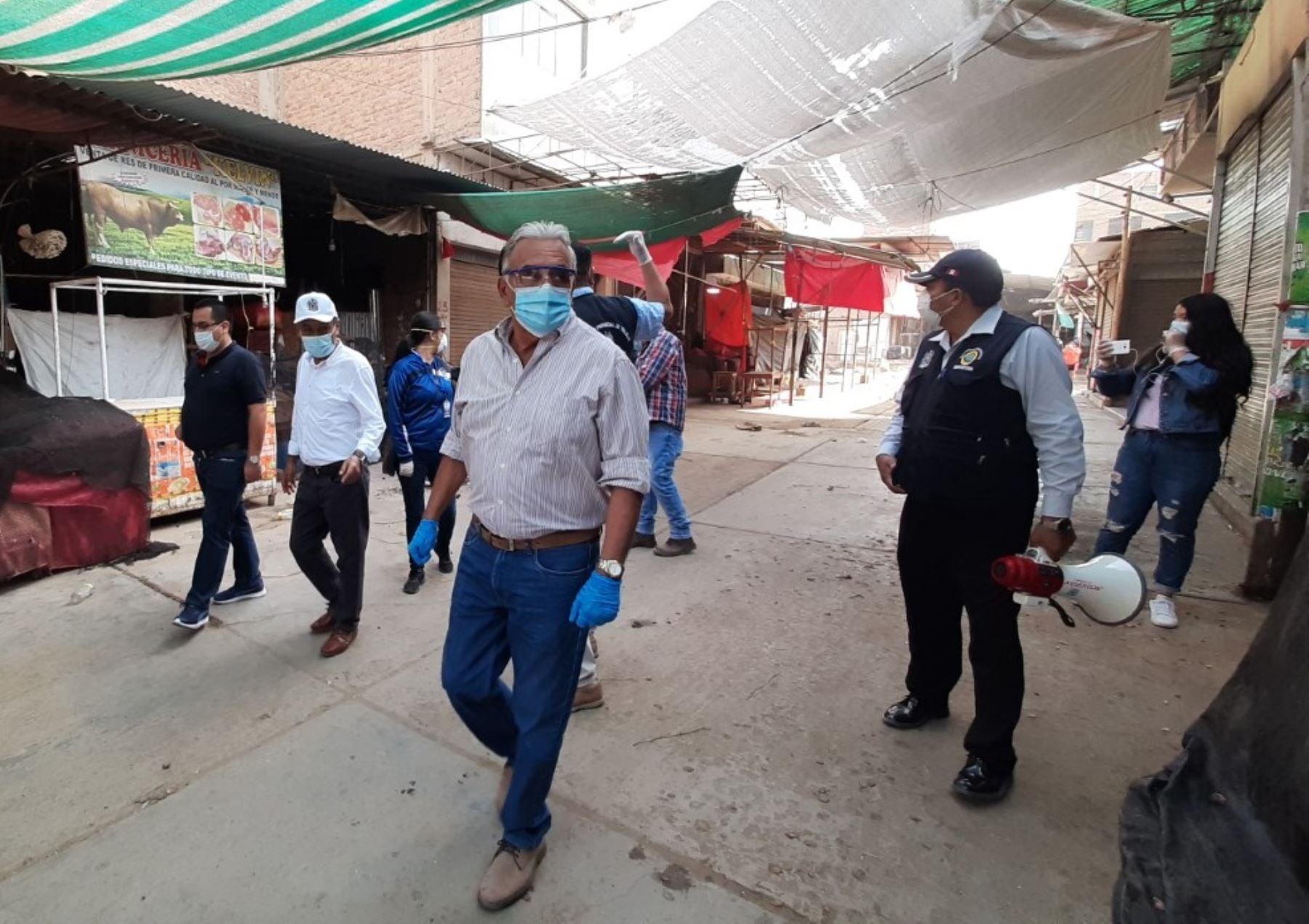 Municipalidad de Trujillo declara a César Flórez su primer héroe civil en la lucha contra la pandemia del nuevo coronavirus. Foto: ANDINA/difusión.