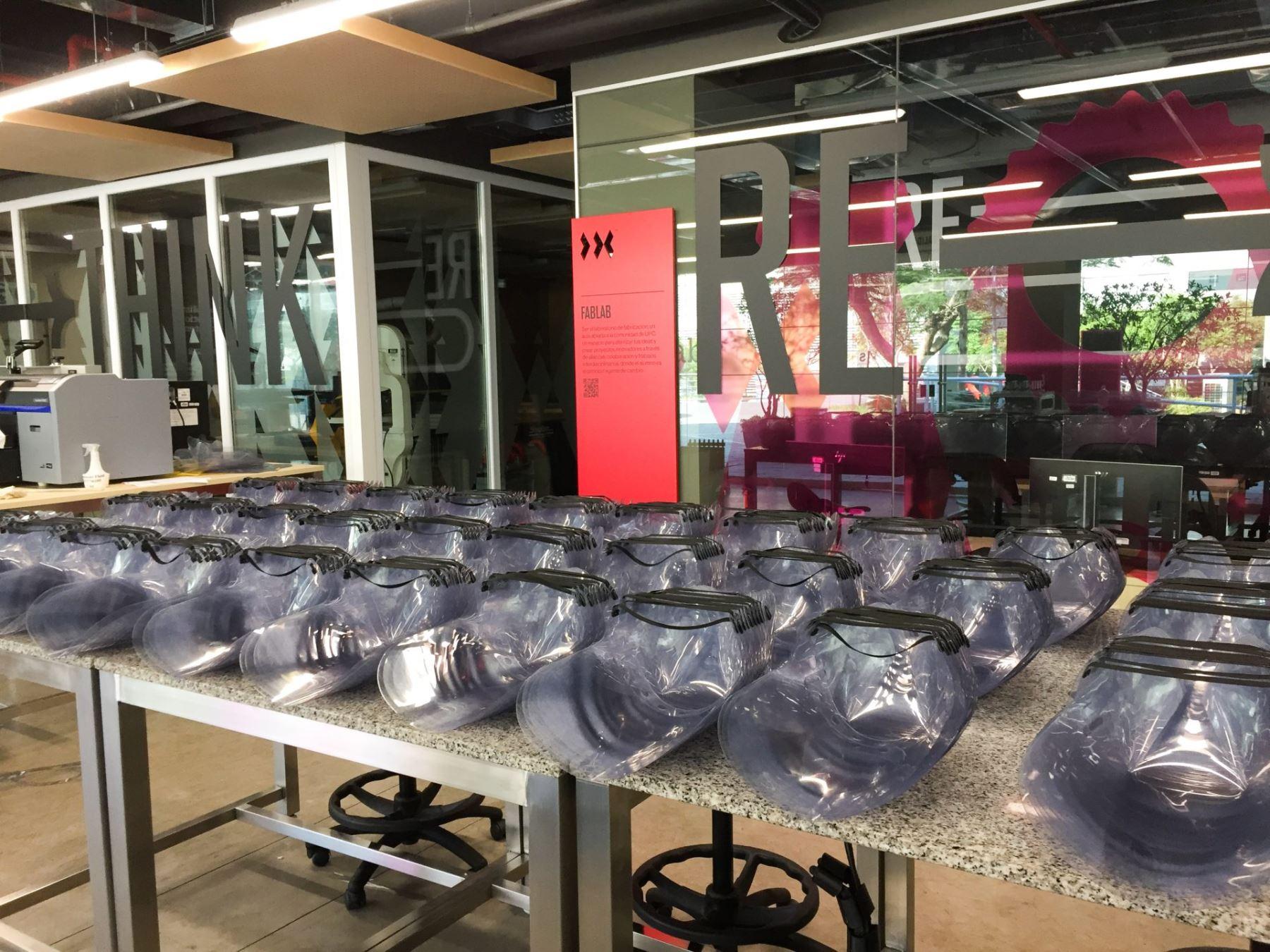 Se han elaborado y entregado un total de 2600 protectores faciales