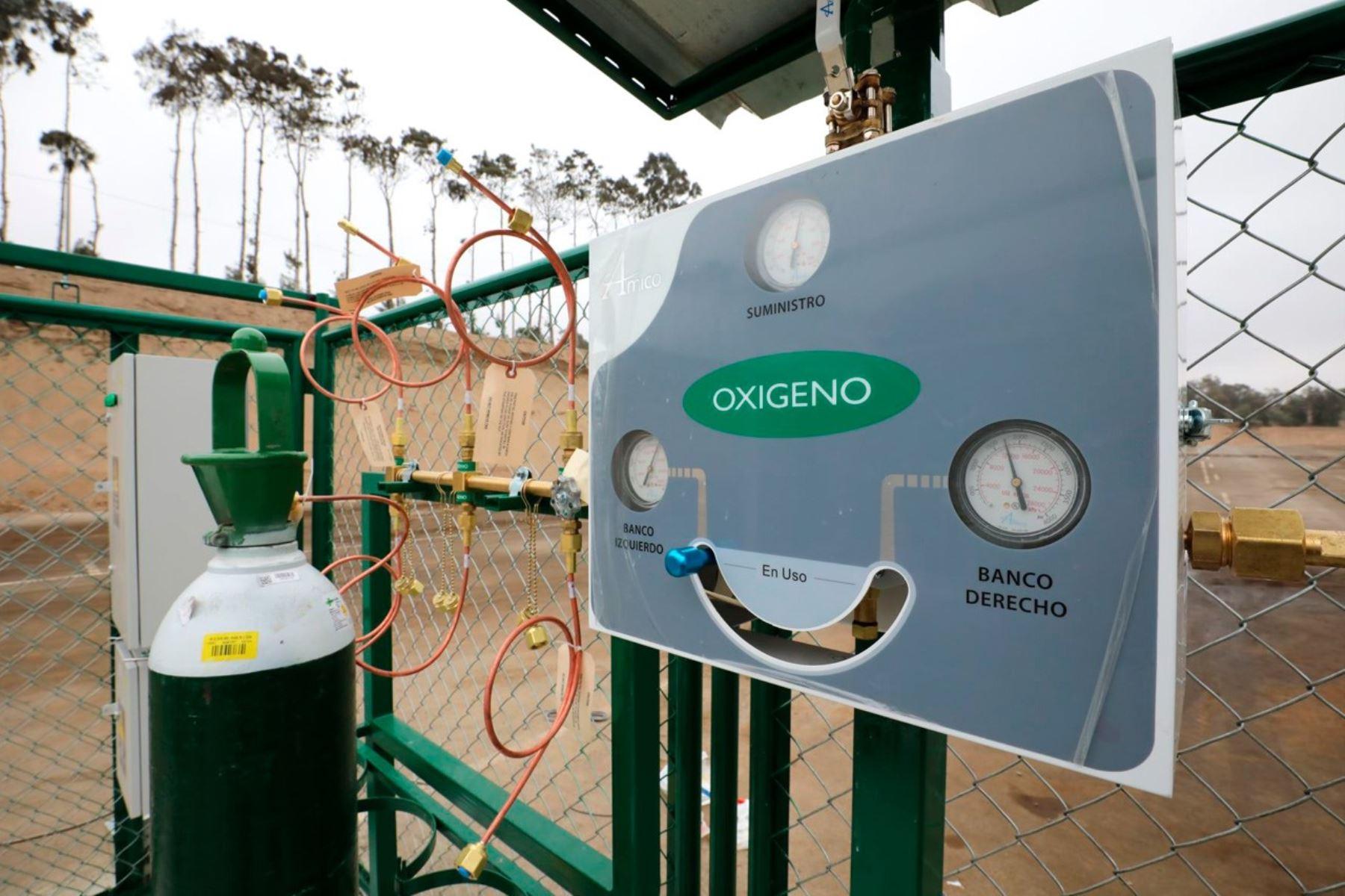 Autoridades regionales de Lima anuncian instalación de isotanques de oxígeno en hospitales de la región para garantizar atención de pacientes con coronavirus. ANDINA/Difusión