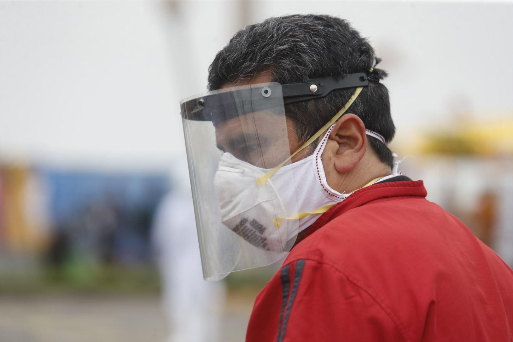 Recomendaciones del Minsa para el uso correcto del protector facial frente  al covid-19 | Noticias | Agencia Peruana de Noticias Andina