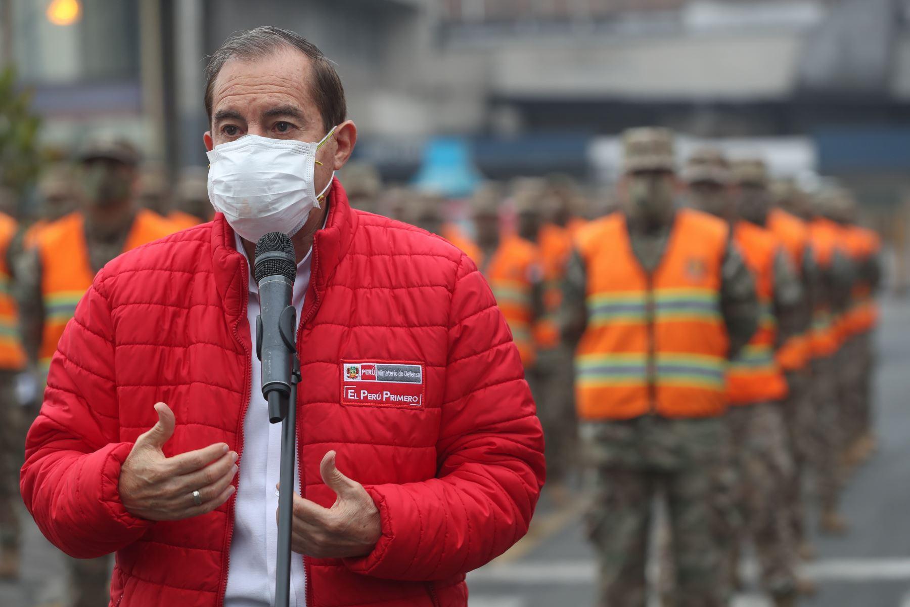 Ministro de Defensa, Walter Martos. Foto: ANDINA/difusión.