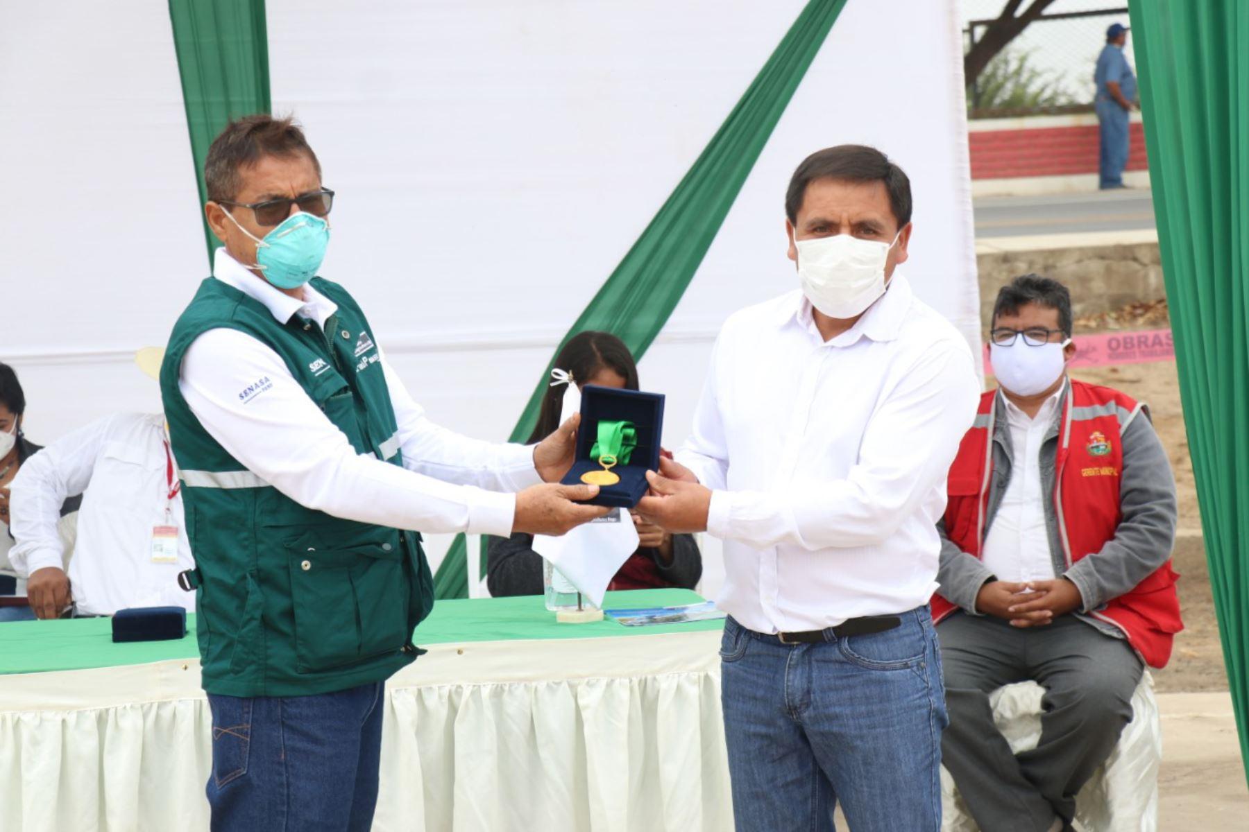 Otorgan Medalla Ministerio de Agricultura y Riego a productores destacados de Lambayeque. Foto: ANDINA/Difusión