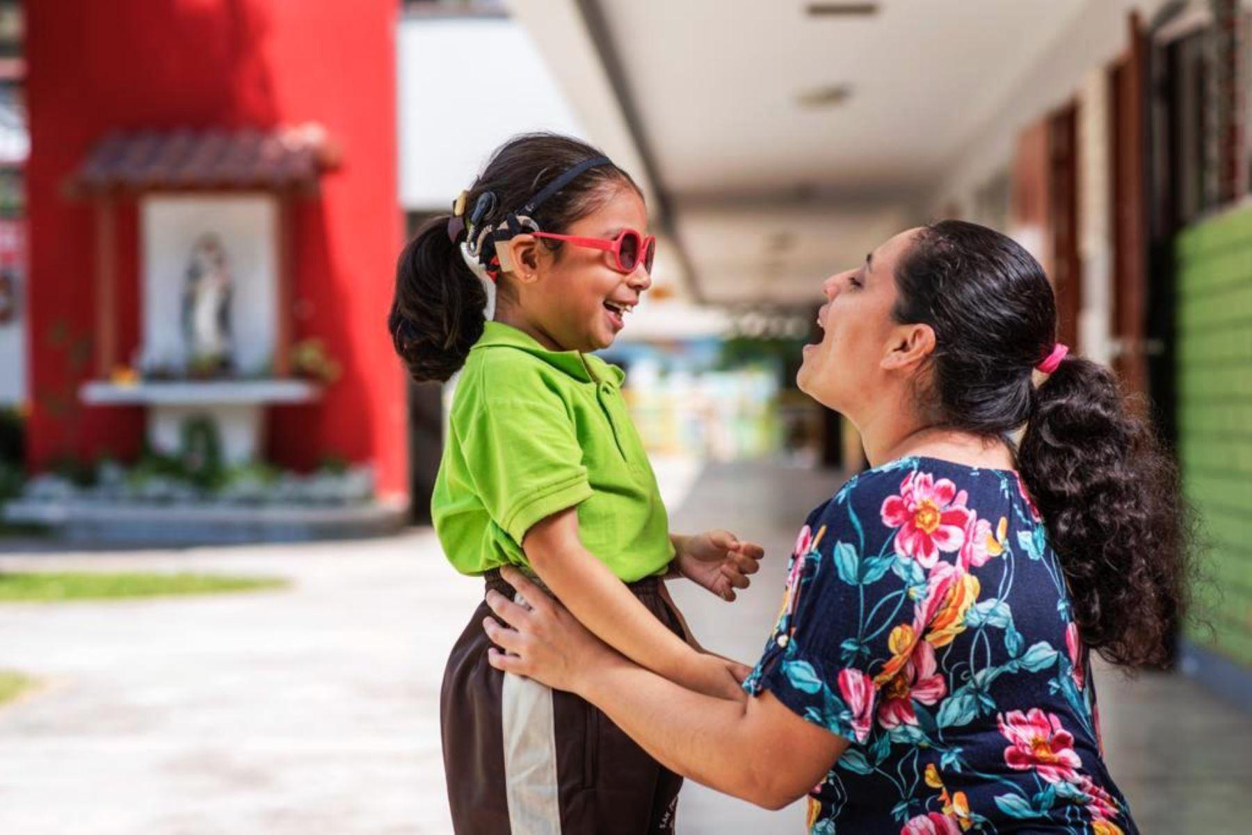 Minedu y Sense Internacional Perú capacitarán a 900 docentes que atienden a estudiantes con sordoceguera. Foto: ANDINA/Difusión.