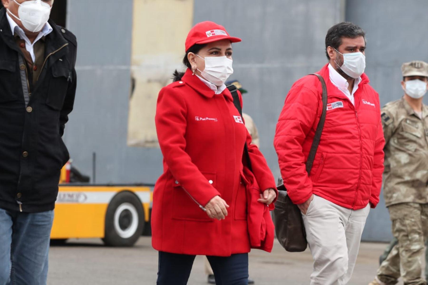 Jefe de Gabinete y ministros de Estado viajan a Ayacucho para reforzar acciones frente a la pandemia por Covid-19. Gloria Montengro, ministra de la Mujer, forma parte de la comitiva. Foto: ANDINA/PCM