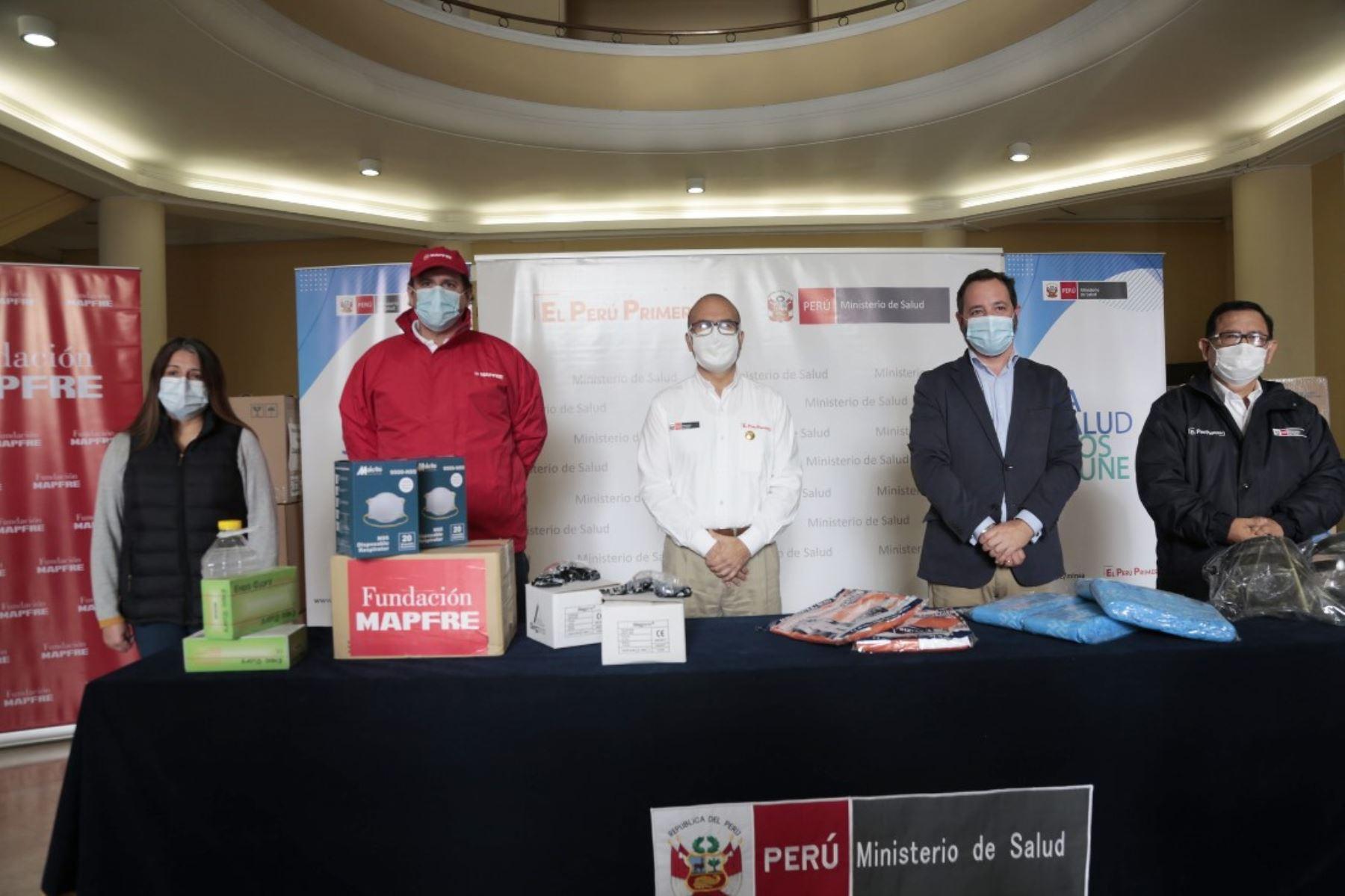 Minsa: empresas donan equipos de protección y medicamentos para combatir el covid-19. Foto: ANDINA/Difusión.