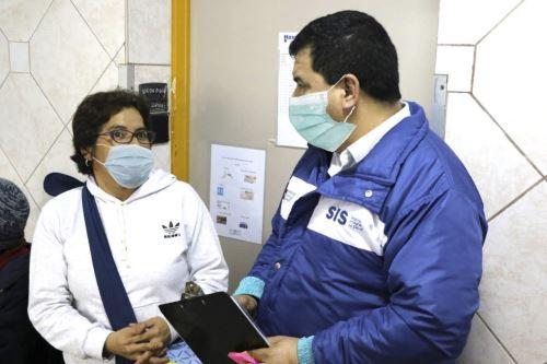 Asegurados pueden ser atendidos en centros de salud de cualquier lugar del país. Foto: ANDINA/archivoA