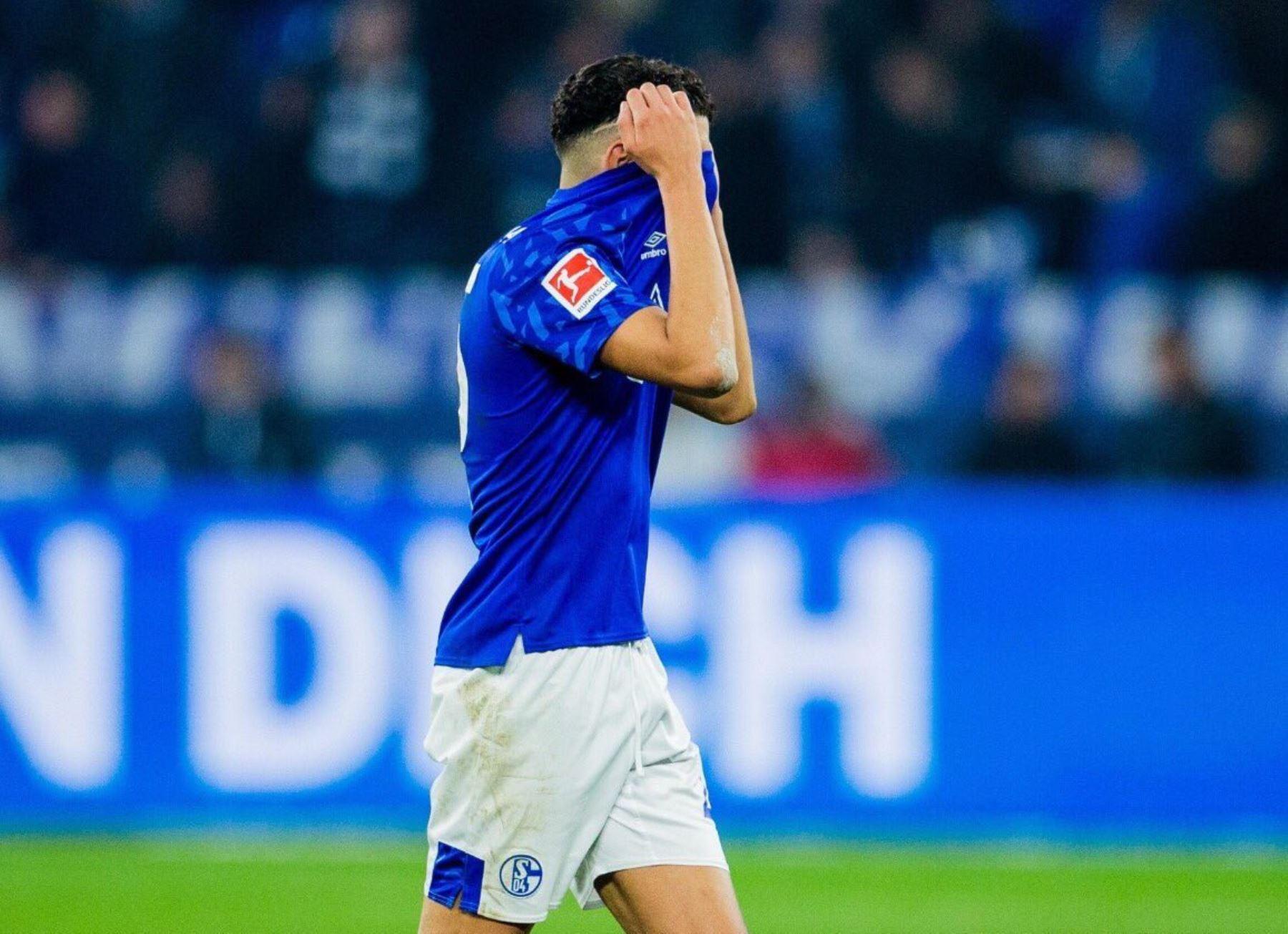 El Schalke 04 pasa por momentos complicas y necesita de un crédito estatal para a hacer frente los estragos de la pandemia