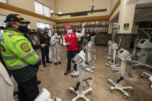 Coronavirus : Entregan ventiladores mecánicos para Hospital Central de la PNP