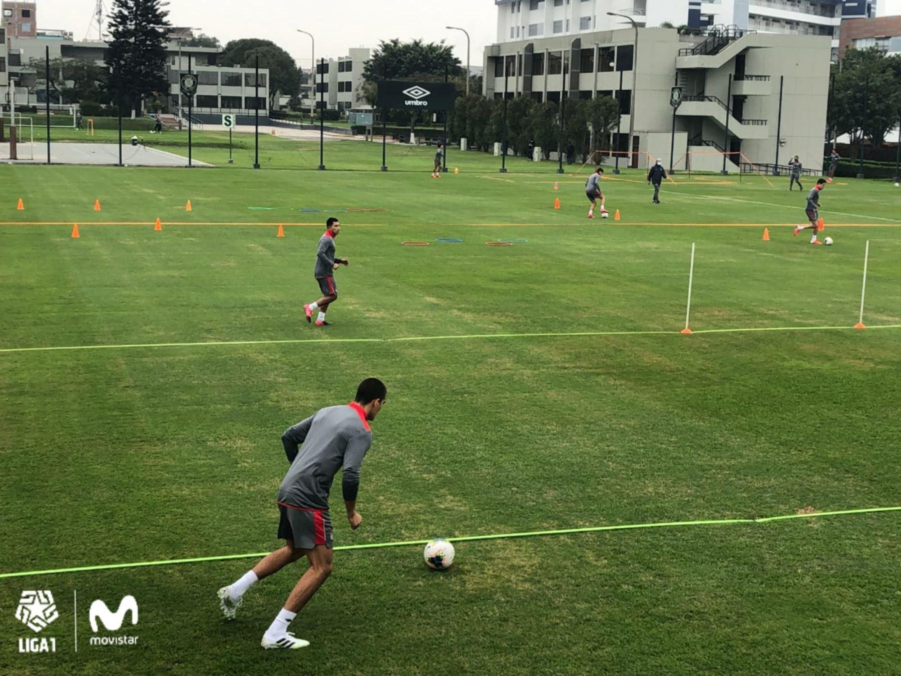 Los jugadores de la Universidad San Martín regresaron a los entrenamientos tras 107 días
