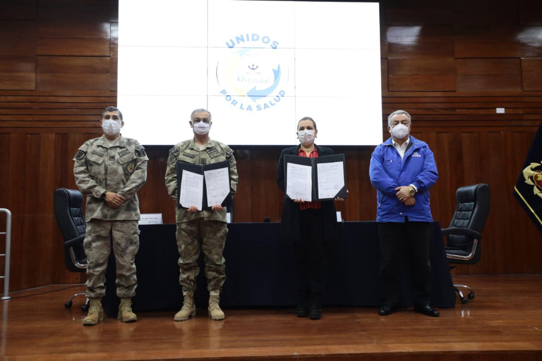 EsSalud y Ministerio de Defensa firman Convenio de Intercambio Prestacional con el fin de facilitar acceso a atención oportuna y de calidad para 120