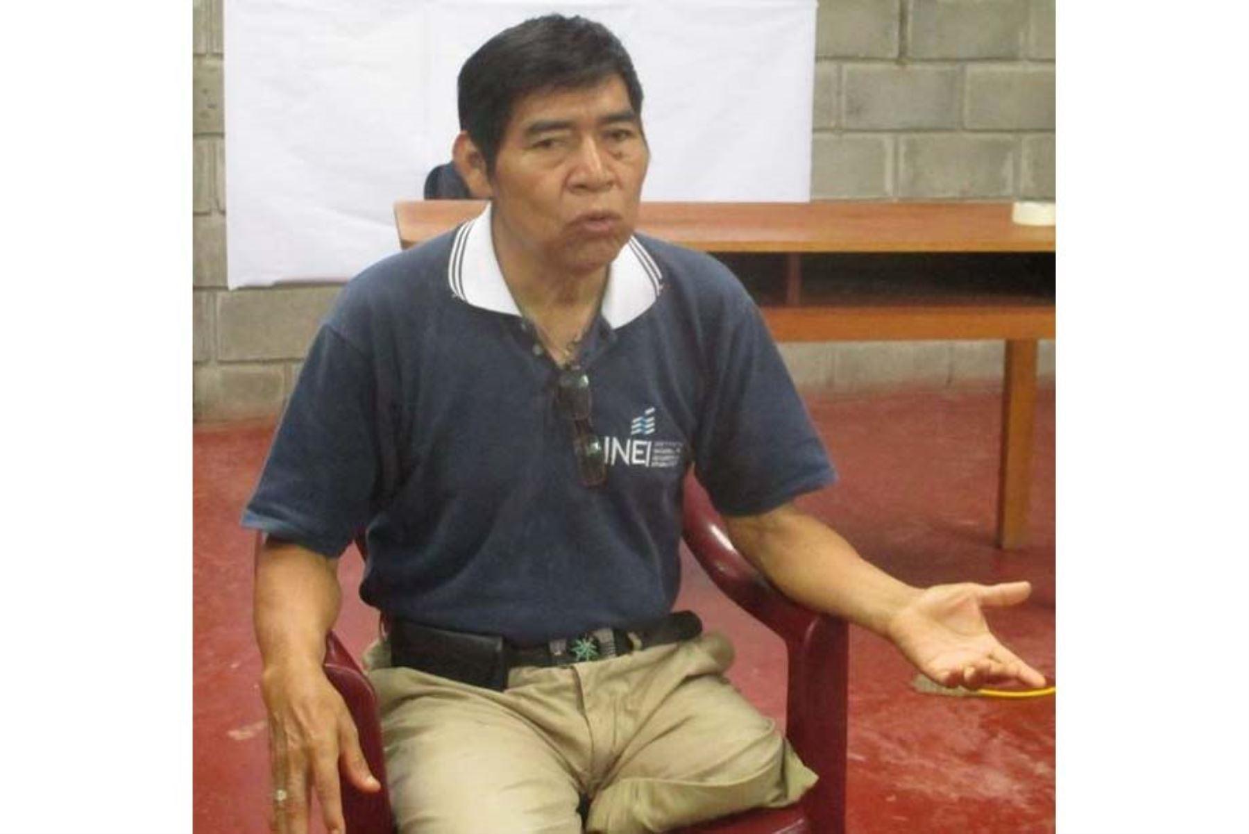Santiago Manuin Valera, líder de la etnia awajún, recibió en 1994 el premio Reina Sofía por su trabajo en defensa de la Amazonía y los derechos humanos.