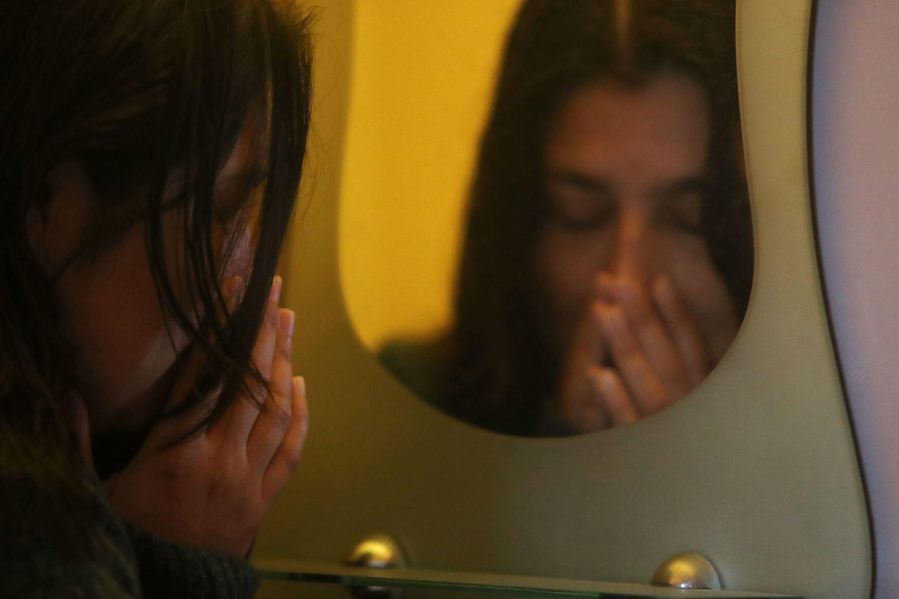 Aprenda cómo dar los denominados primeros auxilios de salud mental en casos de ansiedad. Foto: ANDINA