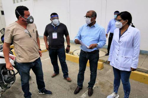Coronavirus: Gobierno regional instala isotanque de 18 mil kilos para atender a pacientes Covid-19 en Tumbes