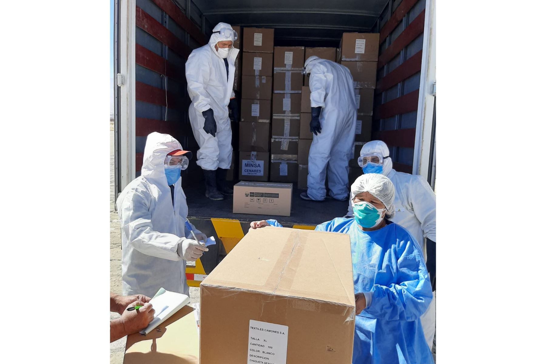 El Cenares envió equipos de protección personal para abastecer hospitales de la ciudad de Arequipa. Foto: Gobierno Regional de Arequipa