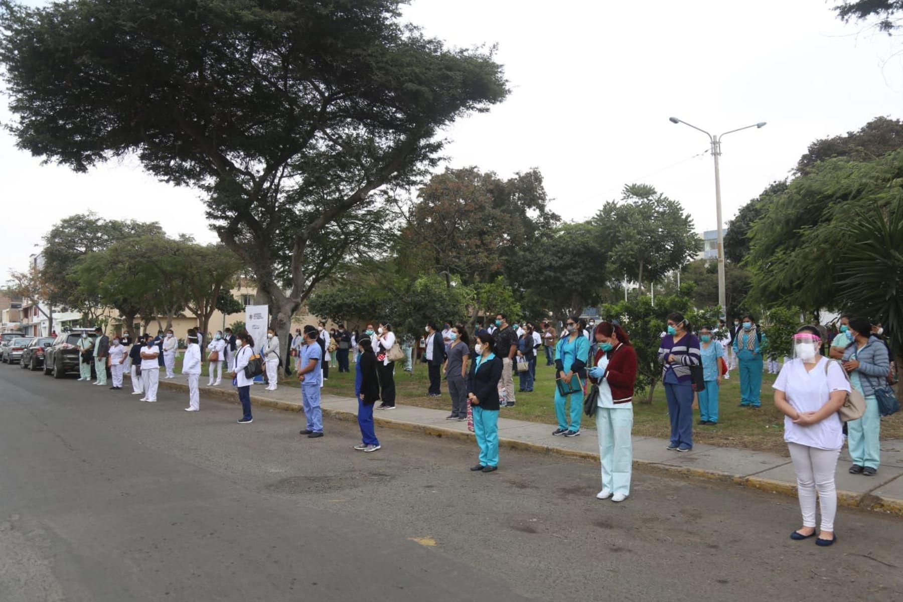 La lucha contra el coronavirus en La Libertad cuenta desde hoy con 200 nuevos profesionales de la salud. Foto: ANDINA/Difusión