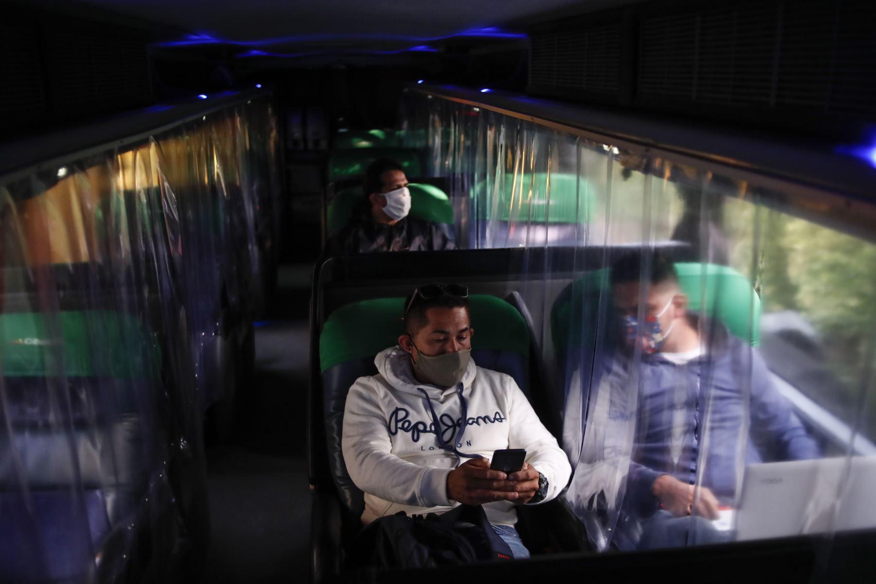 Este es el protocolo sanitario que debes cumplir antes de iniciar un viaje en un bus de transporte interprovincial. ANDINA/Renato Pajuelo