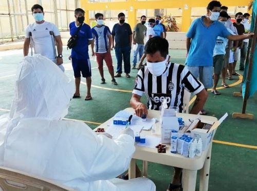 Las autoridades del Instituto Nacional Penitenciario (INPE) de la prisión de Pampas de Sananguillo, ubicado en la ciudad de Tarapoto, región San Martín, informaron que el viernes 3 de julio se dio de alta médica a 54 reclusos que dieron positivo al nuevo coronavirus, además de la recuperación de 48 trabajadores del penal.