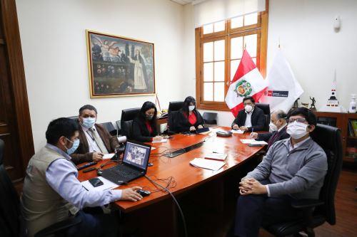 Coronavirus: Premier Vicente Zeballos se reunió con representantes de ASBANC