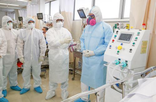 """Coronavirus: Ministerio de Salud y UNI presentan ventilador mecánico """"Fénix"""" para asistir a pacientes covid-19"""