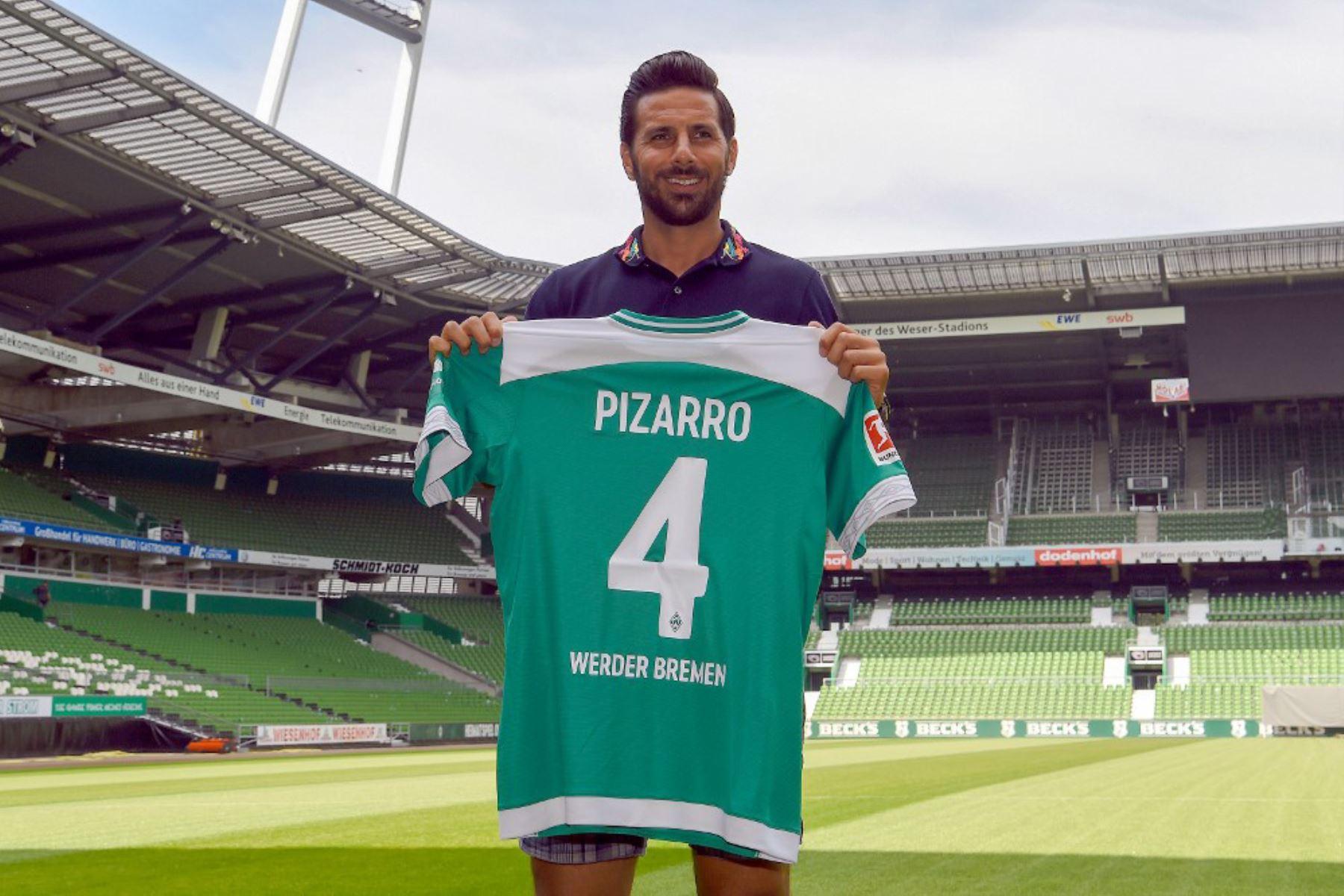 """""""Danke Jungs!! Danke Werder Bremen!!!!"""" (¡¡Gracias chicos!! Gracias Werder Bremen !!!!), escribió en su cuentan oficial de Twitter. Foto: AFP"""