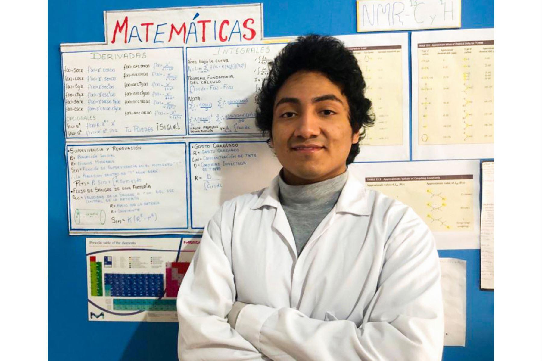 Rubén Darío Velásquez Arbieto, quien en el 2016 ganó una Beca Excelencia Académica para Hijos de Docentes, desarrolla proteína anticocongelante. Foto: PronabecANDINA/Difusión