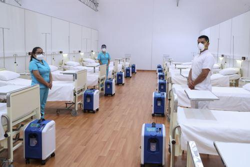 Presidente  Vizcarra entrega ventiladores mecánicos Lambayequepara pacientes con covid-19 en la región