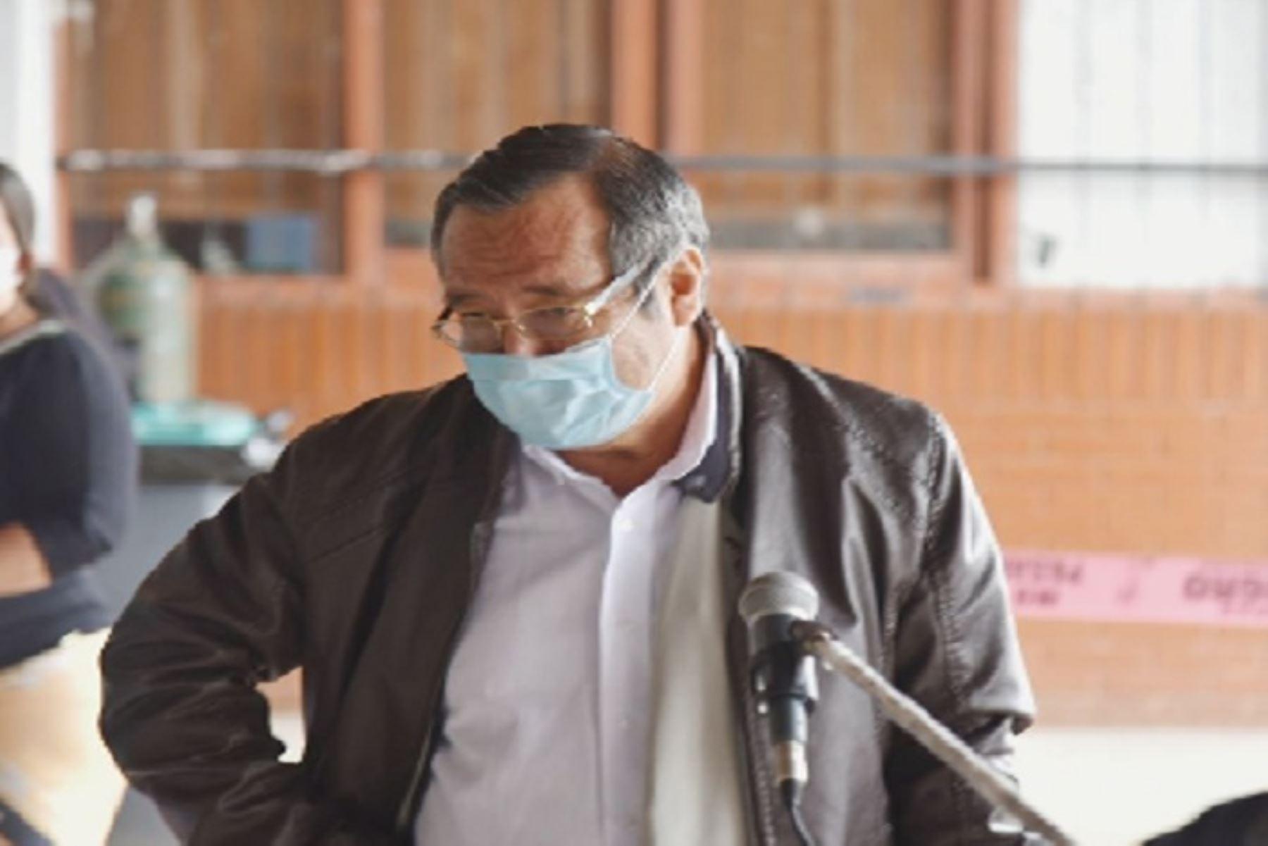 El gobernador de Madre de Dios, Luis Hidalgo, informó que anteriormente se había hecho dos pruebas rápidas y una molecular que salieron negativas.
