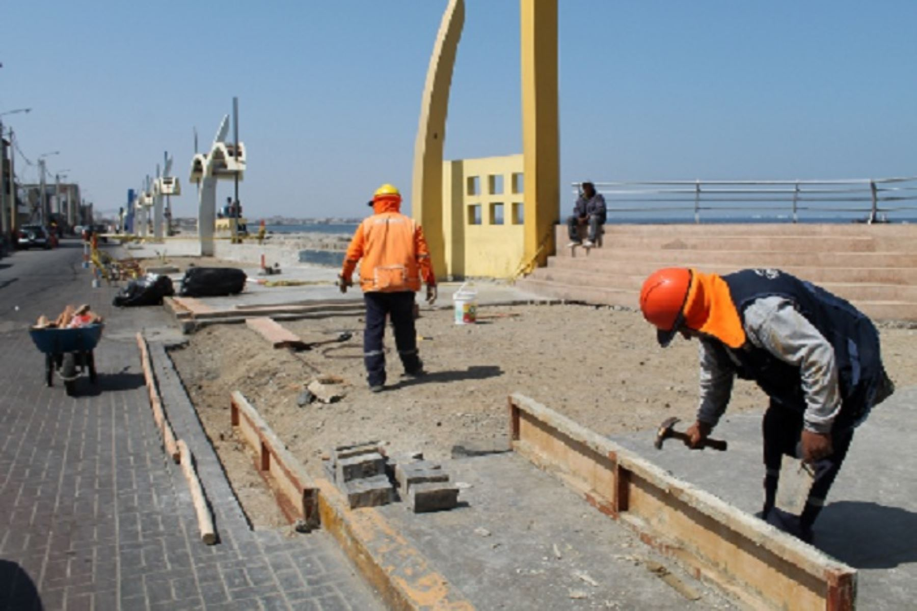 Reactivación económica: invertirán S/ 180 millones en obras viales en provincia del Santa