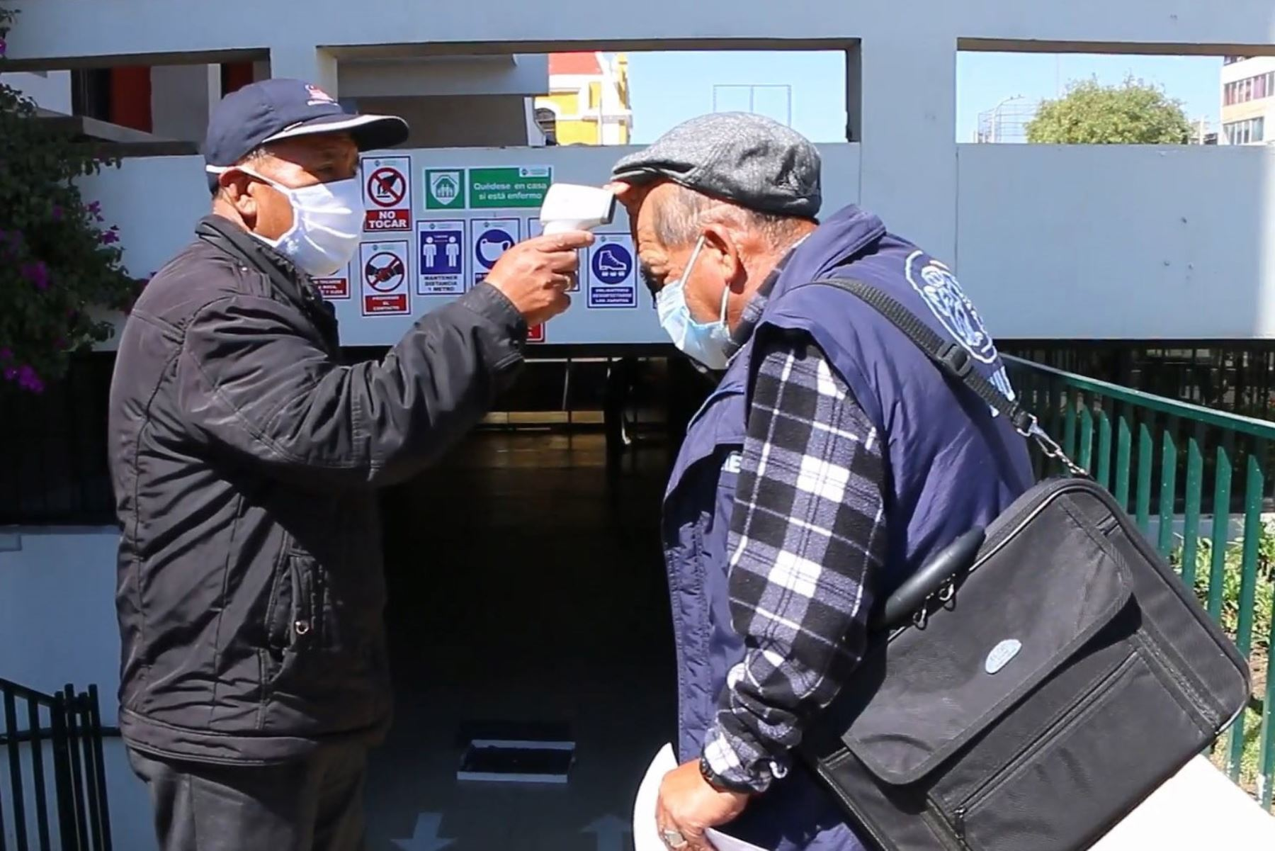 La municipalidad provincial de Huancayo sometió a pruebas rápidas de covid-19 a todos sus trabajadores. Foto: ANDINA/DifusiónANDINA/Difusión