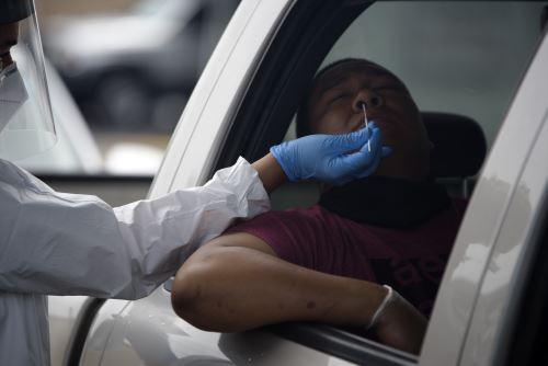 Con este incremento, el número de casos de covid-19 en Estados Unidos se acerca a los tres millones. Foto: AFP