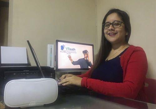 La app VReath busca reducir los niveles de ansiedad, estrés y depresión de médicos, enfermeras y otros profesionales en salud que se han visto afectados debido a la atención de la emergencia. Foto: PUCP