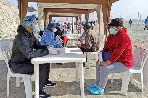 Coronavirus:Equipo del Minsa brinda atención integral de salud a la población de la zona de Manchay