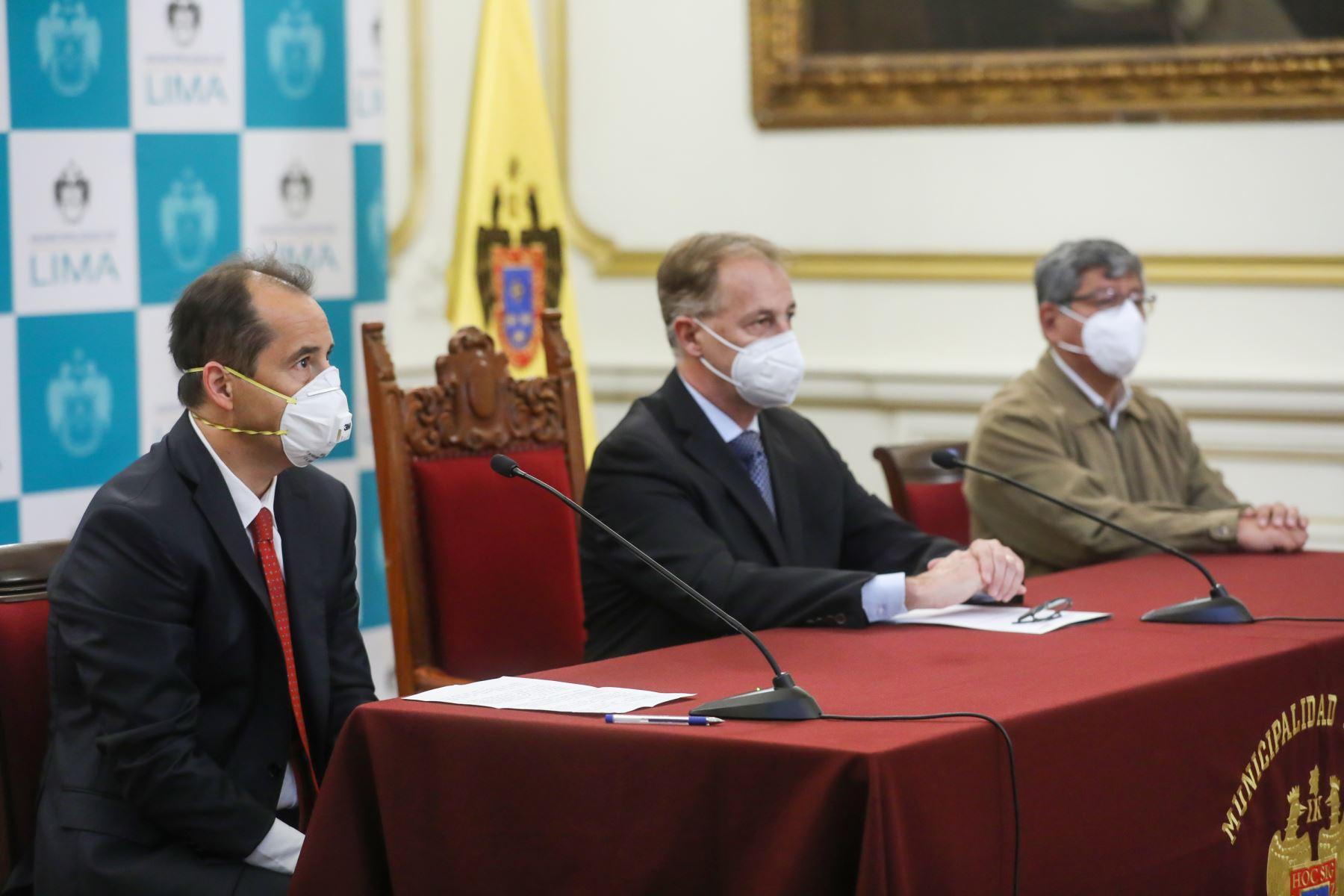 El alcalde de Lima, Jorge Muñoz y la Embajada de República Checa firman un convenio de cooperación internacional para enfrentar el Covid-19. Foto: ANDINA/Municipalidad de Lima