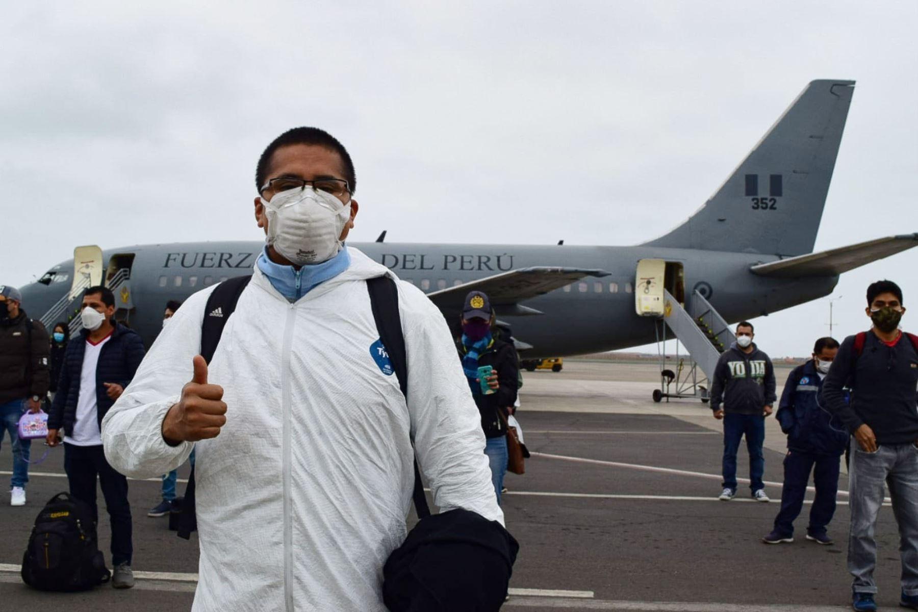 47 profesionales de la salud parten rumbo a Iquitos para contribuir en la prevención, diagnóstico y tratamiento de pacientes covid -19. Foto: Minsa