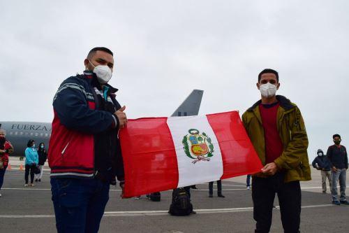 Coronavirus:Profesionales de la salud parten rumbo a Iquitos para contribuir en el tratamiento de pacientes covid -19