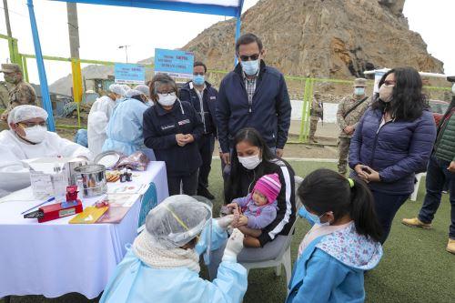 Presidente Vizcarra participa en campaña para brindar servicios de salud en El Agustino