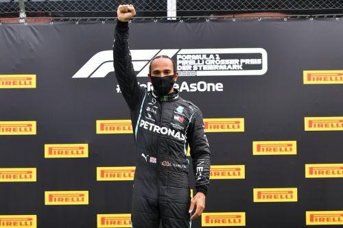 Tras su error en la primera carrera de la temporada, el británico Lewis Hamilton (Mercedes) logró la victoria este domingo en el Gran Premio de Estiria