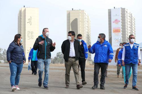 Coronavirus: El presidente del Consejo de Ministros, Vicente Zeballos, realizó una visita a la Villa Panamericana.