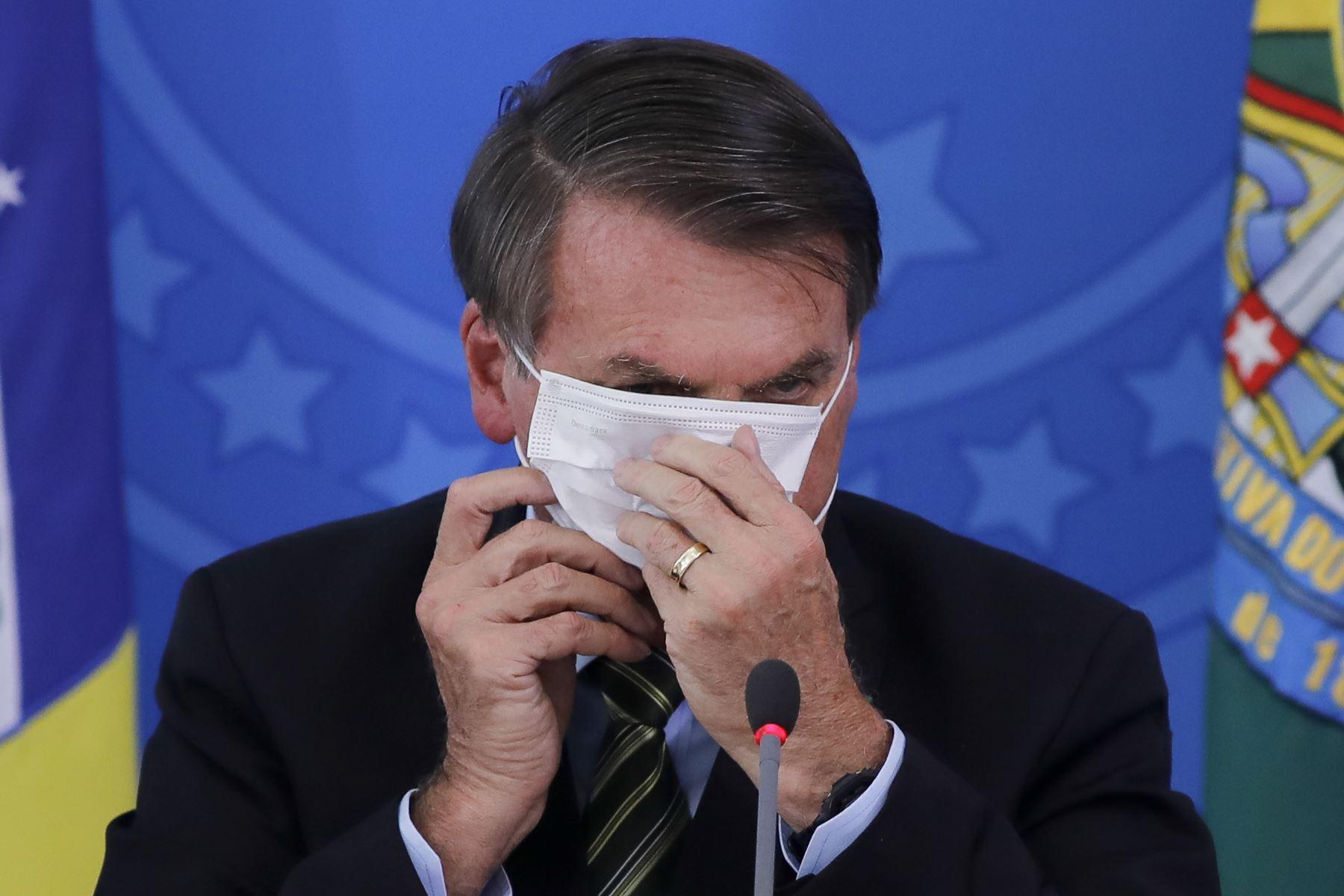 """Escéptico de la pandemia y contrario a las cuarentenas aplicadas en los estados brasileños, Bolsonaro reiteró, como en recientes días, que se siente """"muy bien"""". Foto: AFP"""