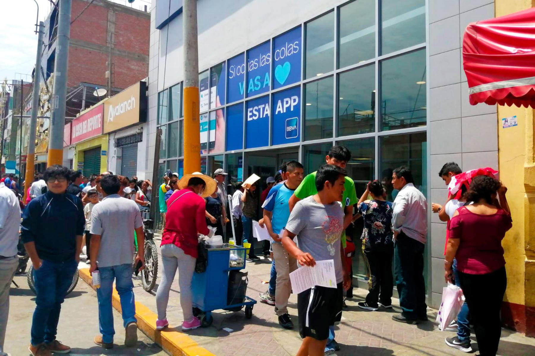 Ante el incremento de contagios con covid-19, las autoridades de la región Lima pedirán al Gobierno retorno de cuarentena. Foto: ANDINA/Difusión