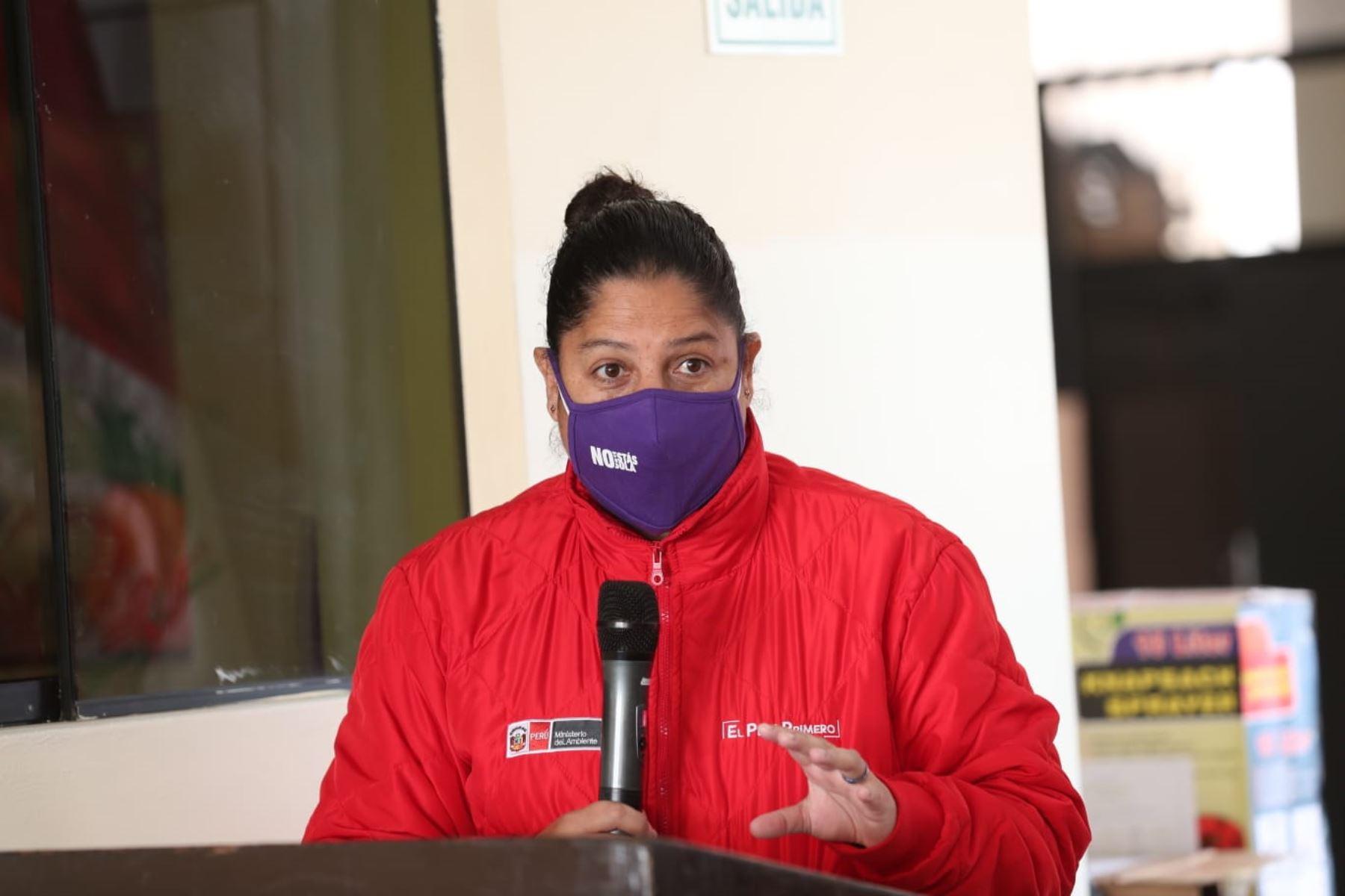 Ministra de Ambiente, Fabiola Muñoz, supervisó planta de reciclaje tras su reinicio en el distrito de Santa Rosa. Foto: ANDINA/Minam