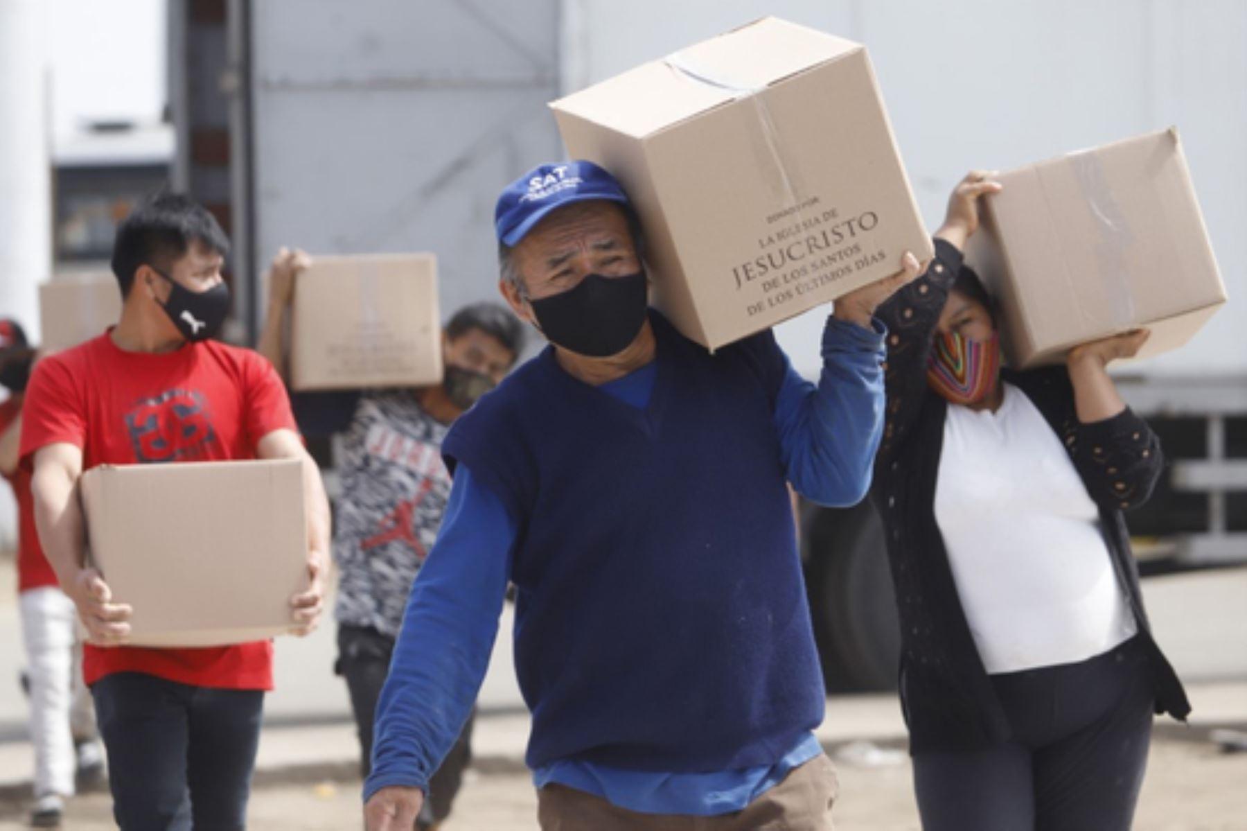 Ministerio de Cultura distribuye 500 canastas de alimentos a familias Shipibo-Konibo de Cantagallo. Foto: Difusión