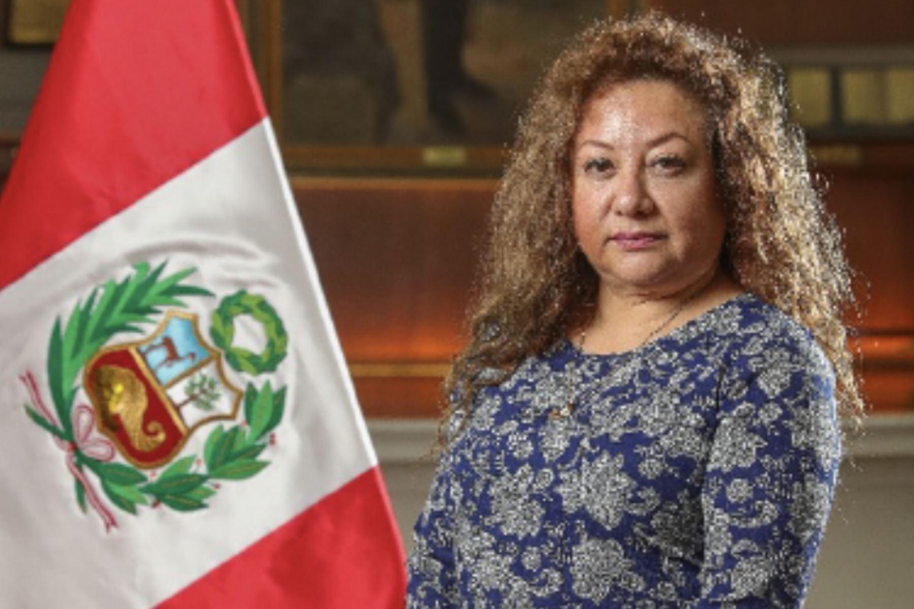 Kirla Echegaray, quien asume el cargo de ministra del Ambiente.