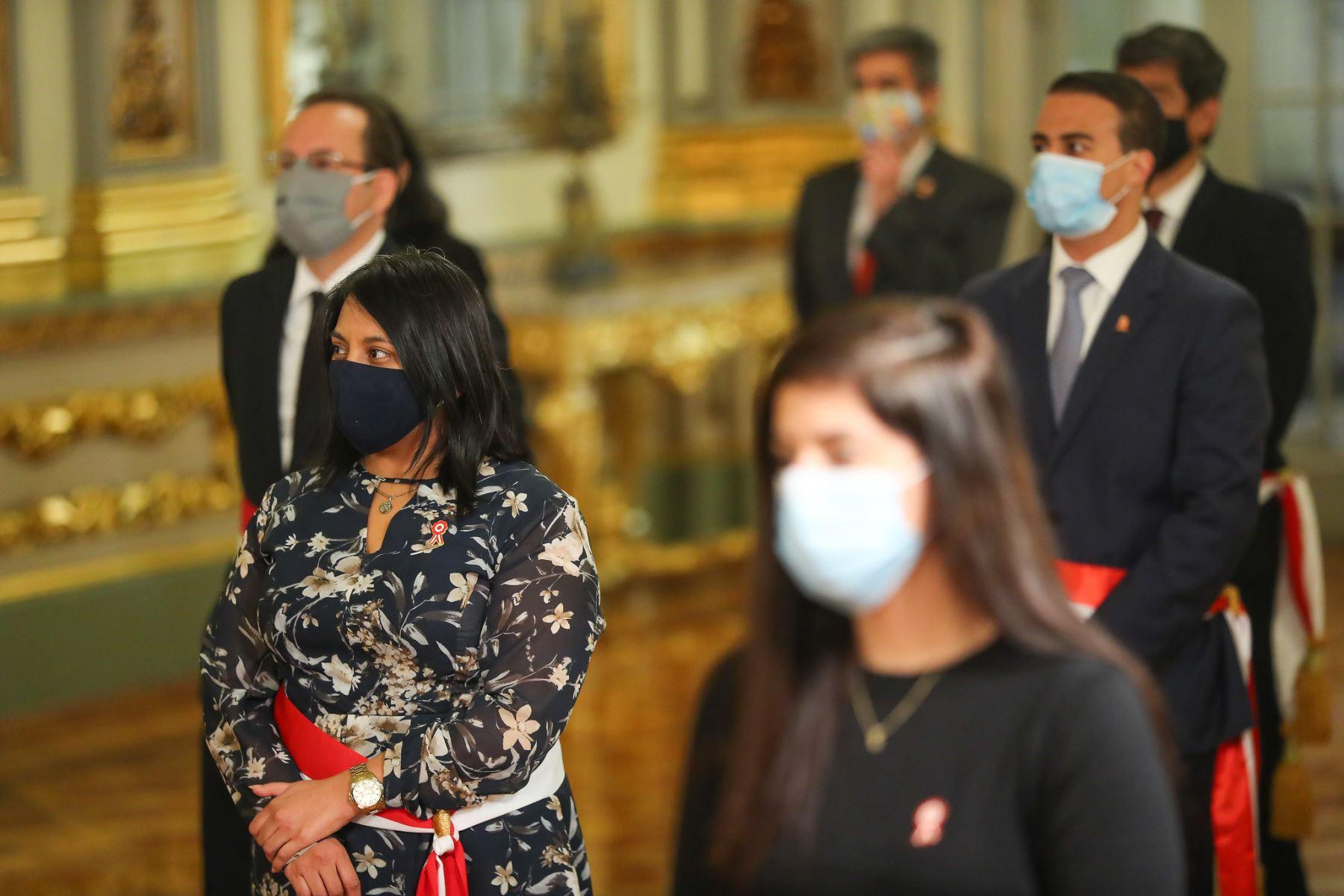 Ana Neyra, ministra de Justicia y Derechos Humanos participa de ceremonia de juramentación en Palacio de Gobierno. Foto: ANDINA/Presidencia