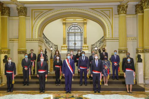 Presidente toma juramento al nuevo Gabinete Ministerial