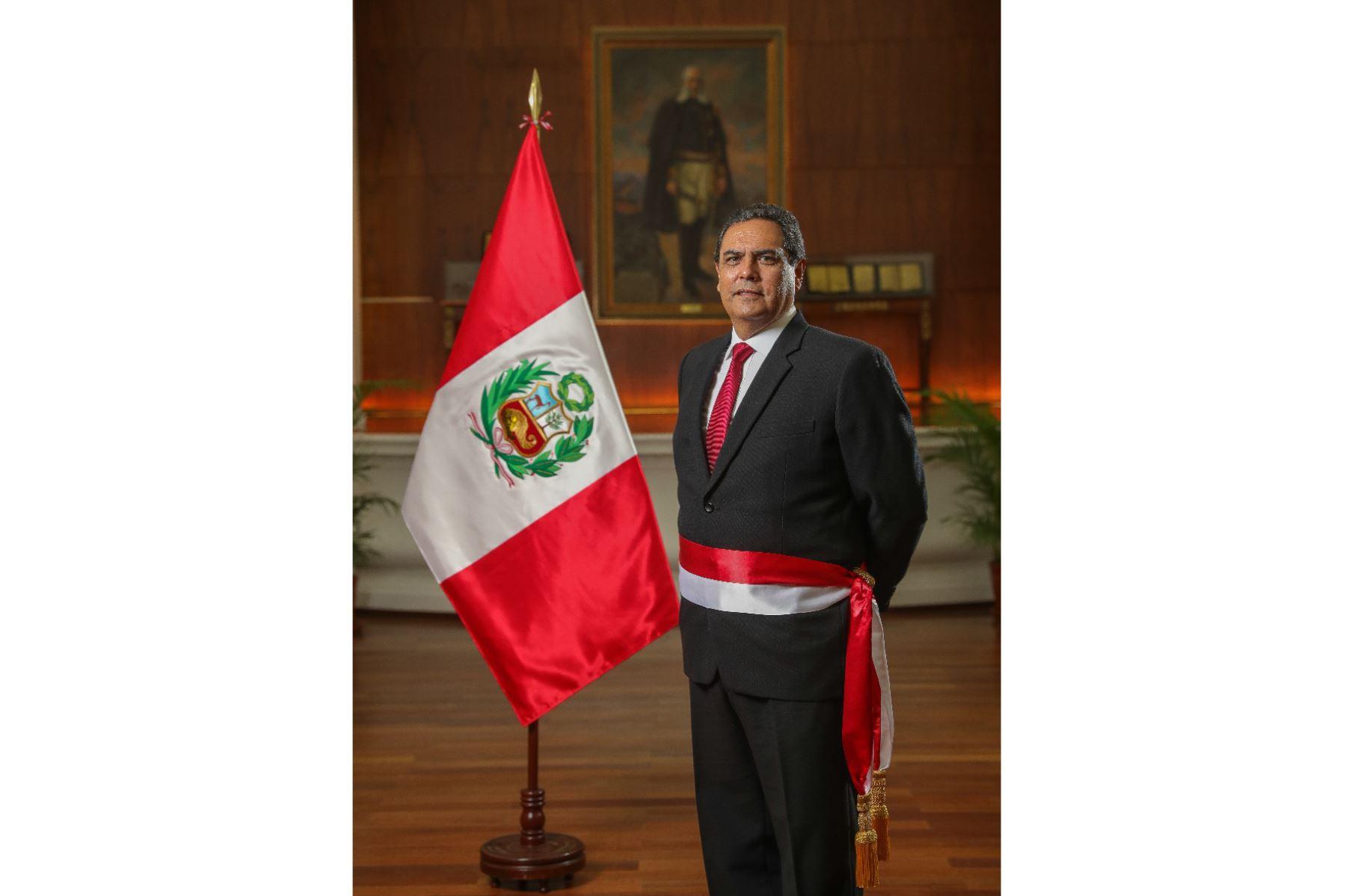 Jorge Eduardo Montoya Pérez, ministro del Interior. Teniente general de la Fuerza Aérea del Perú y licenciado en Ciencias de la Administración Aeroespacial de la Escuela de Oficiales de la Fuerza Aérea del Perú. Foto: ANDINA/PCM