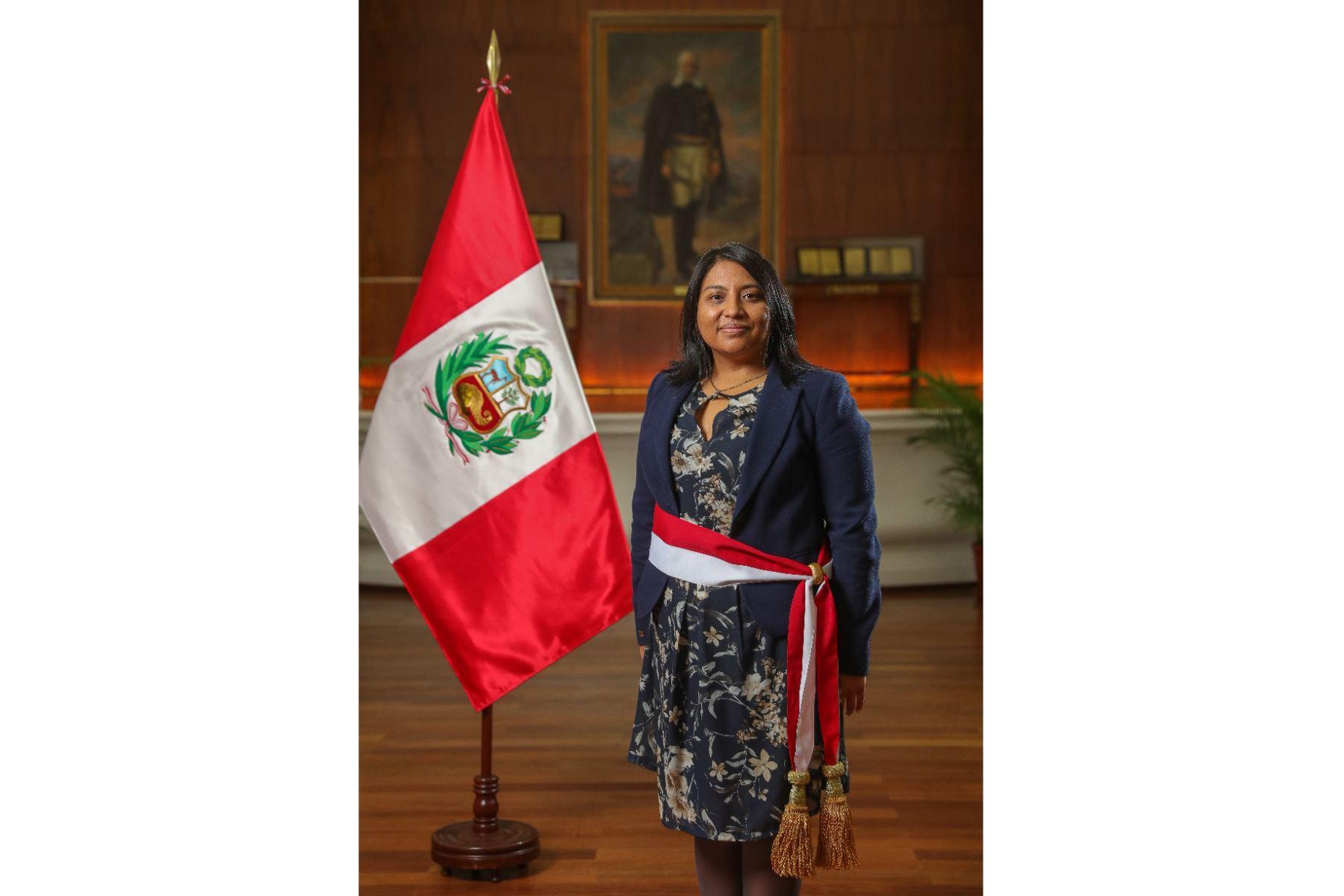 Ana Neyra,  ministra de Justicia y Derechos Humanos. Abogada por la Pontificia Universidad Católica del Perú, con estudios en maestría en Mención Política Jurisdiccional. Foto: ANDINA/PCM