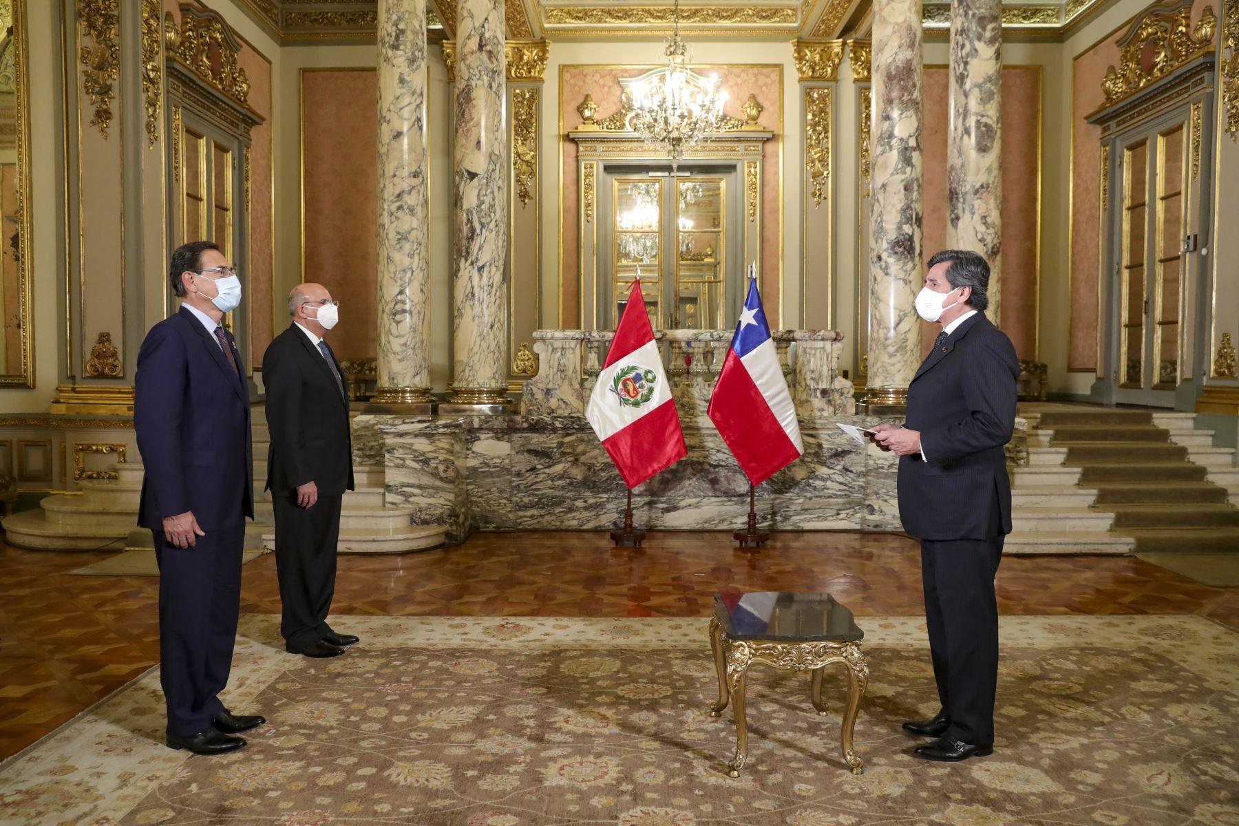 El presidente de la República recibió las cartas credenciales de los embajadores de Chile  Foto: ANDINA/Prensa Presidencia