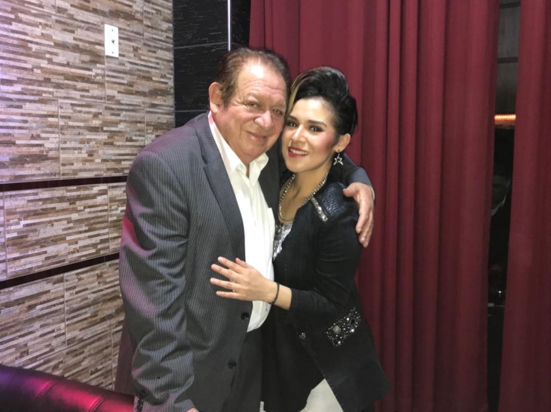 Polo Palomino y su hija Ruby Palomino, quien ganó La Voz Perú.